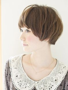 short hair style for growing out a pixie cut