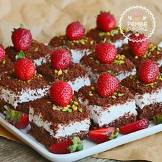 mole cake ç. Mini Cheesecake Cupcakes, Pasta Cake, Chocolate Pastry, Sweet Sauce, Turkish Recipes, Sweet Recipes, Bakery, Dessert Recipes, Yummy Food