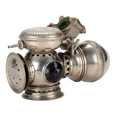 Online veilinghuis Catawiki: Solar - C.M.Hall Lamp - Antieke motor ...