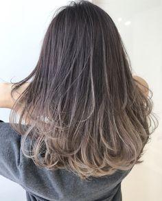 Brown Hair With Blonde Highlights, Brown Hair Balayage, Hair Highlights, Medium Hair Cuts, Medium Hair Styles, Curly Hair Styles, Korean Hair Color, Haircuts Straight Hair, Gorgeous Hair Color