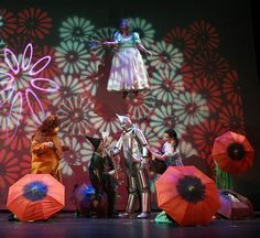 Wizard Of Oz On Stage Poppy   Google Search