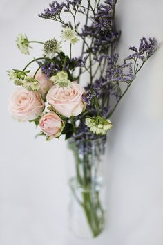styling the seasons march   posies   hanging flowers