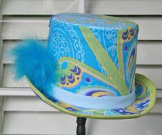 Cover a top hat with fabric #aliceinwonderland #madhatter #costumehat