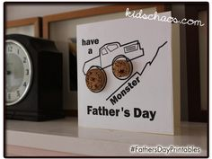 Cork Fathers Day Card Craft With Father's Day just around the corner, we've been looking for some fun and easy ways to make a Father's Day Card - and we love this one, with slices of wine cork! Grandparents Day Crafts, Fathers Day Crafts, Fathers Gifts, Cork Crafts, Craft Stick Crafts, Preschool Crafts, Happy Dad Day, Mother And Father, Mothers