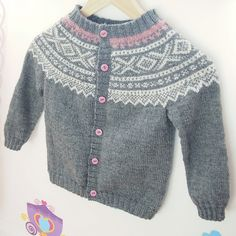 Ravelry: Marius jakke med rund sal pattern by Unn Søiland Dale Fall Outfits, Kids Outfits, Kids And Parenting, Baby Knitting, Ravelry, Georgia, Knit Crochet, Weaving, Barn