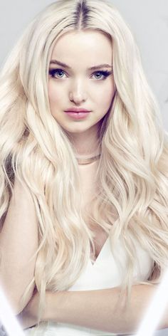 Beautiful and blonde, actress, Dove Cameron wallpaper Beautiful and blonde, actress, Dove Cameron wallpaper<br> Actrices Blondes, Dove Cameron Style, Blonde Actresses, Cameron Boyce, Celebs, Celebrities, Hollywood, Hair Styles, Pretty