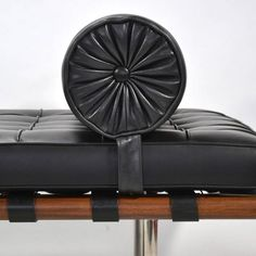 Get George Nelson ball clock absolutely free with Barcelona Day Bed. No hidden charges!   #Barcelonasofa #homedecor #interiordesign #midcentury #sofas
