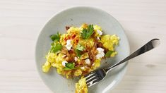 Scrambled Eggs With Caramelized Onions And Chèvre - If smoked paprika isn't your thing, you can use chile flakes or Aleppo pepper. Goat Cheese Recipes, Egg Recipes, Brunch Recipes, Breakfast Recipes, Cooking Recipes, Healthy Recipes, Breakfast Ideas, Breakfast Catering, Breakfast Sandwiches