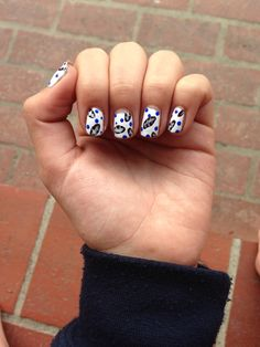 Easy and cute Super Bowl nail art