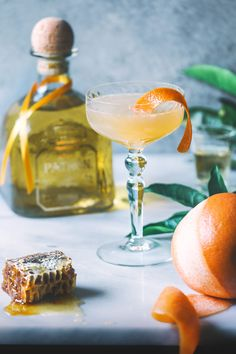 Today on YUM I discuss why we've been eating all our meals outside this summer, and I share a simple cocktail recipe for two using the lovely @Patron añejo . . . #PatronTheSummer #sponsored