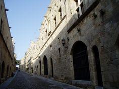 십자군 기사단의 궁전으로 가는 골목 - 로도스 구 시가지 골목이 대강 이렇게 생겼음...