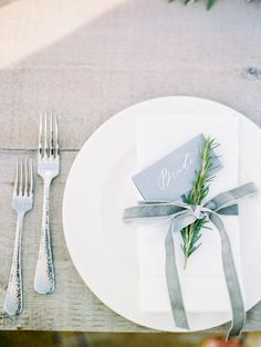 Elegant Wedding Place Settings And Napkin Dressing Inspiration & English Garden Style Wedding in California | Pinterest | Green ...