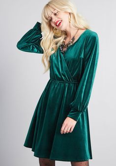 cc8fd43041 24 Top Emerald Green Velvet images