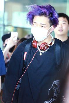 Bobby is just to hot for my eyes. Kim Jinhwan, Hanbin, K Pop, Bobby S, Bobby Kpop, Ikon Member, Ikon Debut, Mobb, E Dawn