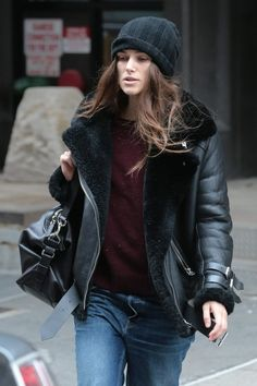Keira Knightley : des photos de son style casual - Trendy Mood