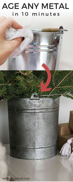 Entryway Vintage Decor Here's how to age your metal use two ingredients and it only takes 10 minutes.Entryway Vintage Decor Here's how to age your metal use two ingredients and it only takes 10 minutes. Crafts To Sell, Home Crafts, Diy Home Decor, Diy And Crafts, Decor Room, Do It Yourself Decoration, Aging Metal, Metal Tree Wall Art, Metal Art