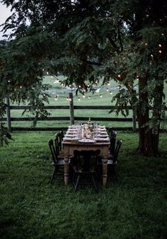 Вдохновение Outdoor Spaces, Outdoor Dining, Outdoor Decor, Kinfolk Table, Outdoor Parties, Outdoor Entertaining, Patio Sets, Shenandoah Valley, Local Milk