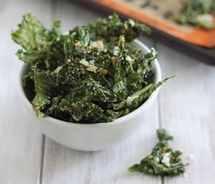 No-Fuss 3-Ingredient Sides: Add coconut milk and smashed garlic clove to your kale for these summery veggie crisps #SelfMagazine
