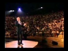Фрэнк Синатра Frank Sinatra Strangers in the Night - YouTube