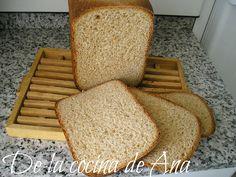 Pan de Molde Integral (Panificadora) Lidl, Pan Integral, Home Decor, Bread Recipes, Plate, Meals, Traditional, Blue Prints, Homemade Home Decor