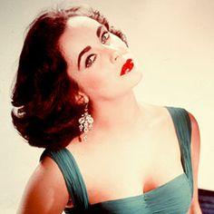 Elizabeth Taylor: A Classic Icon.