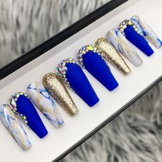 Gold Cobalt blue- Marble, glitter with Bling Crystals Press On Nails Blue Gold Nails, Blue And White Nails, Gold Acrylic Nails, Royal Blue And Gold, Matte Nails, Dope Nails, Bling Nails, Swag Nails, Pin On
