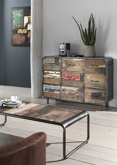 bahut vintage en bois de bateau recycl de chez cocktail scandinave mobilier d coration d. Black Bedroom Furniture Sets. Home Design Ideas