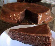 Receita de Tentação de chocolate - bolo de chocolate sem farinha - Show de Receitas