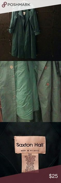 Woman's Trench coat Saxton Hall 24W dark green overcoat, Trench coat, raincoat.  Has removable lightly padded lining. The belt is missing, but It can be worn without. It is very similar to a traditional  London fog coat. I am not sure what is considered Vintage, but I am guessing this is one. The material is still crisp, it is almost like new. Saxton Hall Jackets & Coats Trench Coats
