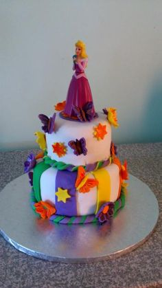 Lovely Sleeping Beauty cake