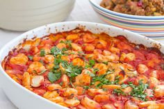 Greek giant bean casserole / Gigantes plaki / Yigantes plaki / Greek oven-baked giant beans with tomatoes Vegetable Recipes, Meat Recipes, Cooking Recipes, Healthy Recipes, Healthy Foods, Turkish Recipes, Greek Recipes, A Food, Food And Drink