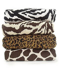 Giraffe print towels! Perfect!