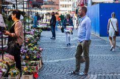 Полосатые тапки. Яркие мужчины, серые женщины: как одеты стокгольмцы Scandinavian Fashion, Street View