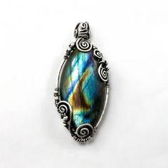 Labradorite pendant handcrafted jewelry labradorite necklace
