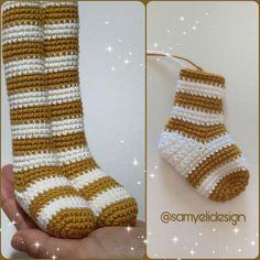 """425 Beğenme, 12 Yorum - Instagram'da Samyeli (@samyelidesign): """"Yeni bir oyuncağa başlarken büyük bir heves ve heyecanla başlamışımdır. Bu çizgili çoraplı bayana…"""" Crochet Shoes Pattern, Crochet Motifs, Amigurumi Toys, Amigurumi Patterns, Crochet Baby Toys, Amigurumi Tutorial, Crochet Woman, Crochet Projects, Instagram"""