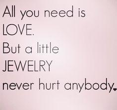 Toch?! Heb je een aparte verlovingsring of heb je voor de verloving en het trouwen dezelfde ring? #ik ben benieuwd!