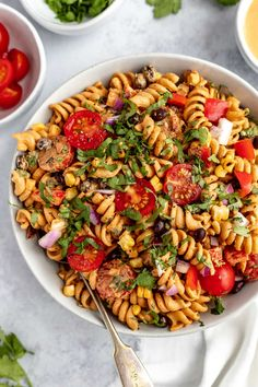 Vegan Southwest Pasta Salad Recipe | Everyone loves this vegan southwest pasta salad recipe! Made with black beans, roasted corn, tomatoes, bell peppers & an easy cashew southwest dressing. Perfect to make-ahead for parties & quick dinners. Learn how to make my EASY vegan pasta salad! #playswellwithbutter #veganpastasalad #vegan #easyvegetarianrecipe #easyveganrecipe #dairyfreerecipe #plantbased #pastasaladrecipe #coldpastasalad Easy Pasta Salad Recipe, Best Pasta Salad, Roasted Sweet Potatoes, Roasted Corn, Veggie Burrito, Burrito Bowls, Vegetarian Recipes Easy, Vegan Meals, Vegan Food