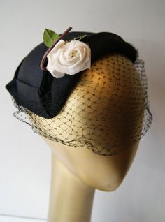 1950s Hat with white rose. Vintage hat