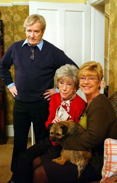 RIP mother & daughter Coronation Street won't be the same without you Derdrie Coronation Street Blog, British Drama Series, Waterloo Road, Lisa, Hollyoaks, Tv Soap, Tatty Teddy, Kids Tv, Tv On The Radio