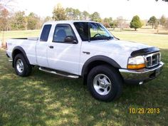 Make: Ford Model: Ranger Year: 2000 Body Style: Extended Cab Pickup Exterior Color: White Interior Color: Charcoal Doors: Four Door Vehicle Condition: Good For More Info Visit: http://UnitedCarExchange.com/a1/2000-Ford-Ranger-288280721956