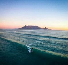 The moment. Most Beautiful Beaches, Beautiful Places, Beautiful Pictures, Beaches In The World, Countries Of The World, South African Flag, Surfing Pictures, Table Mountain, Vacation Destinations