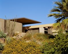 Olson Kundig — A collaborative global design practice whose work expands the context of built and natural landscapes. Rancho Mirage, American Houses, Tropical, Desert Homes, Global Design, Best Interior, Interior Design, Architecture, Facade