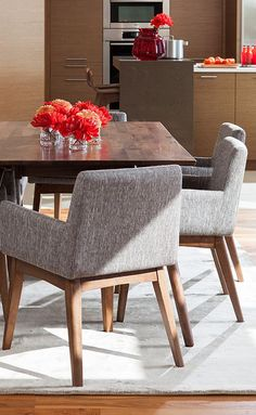Take a look at this amazing home interior design trends and how they fit perfectly into your dining room decor! Walnut Dining Table, Dining Arm Chair, Dining Room, Fabric Dining Chairs, Desk Chair, Swivel Chair, Dining Set, Room Chairs, Deco Design