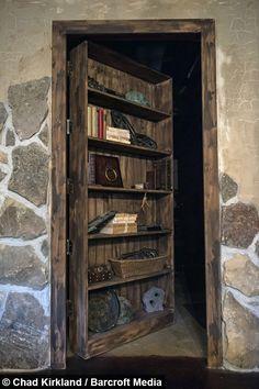 Guy spends $50,000 remodelling his basement Elder Scrolls style - Album on Imgur