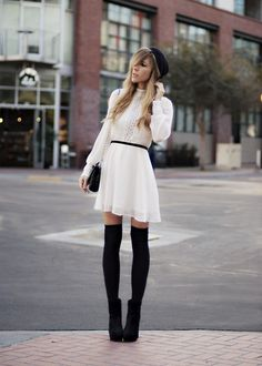 Super dupper love.. Love thigh high tights. Fall can you hurry up please!