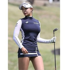 Incredible Stylish Women's Golf Clothing Ideas. Ravishing Stylish Women's Golf Clothing Ideas. Girl Golf Outfit, Cute Golf Outfit, Sexy Golf, Girls Golf, Ladies Golf, Golf Fashion, Sport Fashion, Ladies Fashion, Japonese Girl