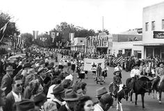 1946 Kennewick Parkade for Grape Festival