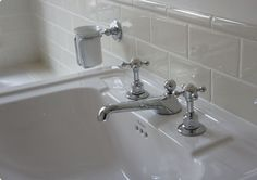Marble Arch Crackle Glaze Tiles with Trim. Beautiful look for a bathroom....