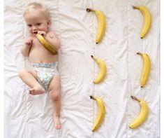 Simple + Sweet Monthly Baby Photos via Mushybooks Blog.  @trevi_ave_co