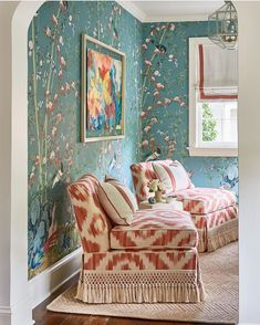 Room with a view: this beautiful space by Anne Pearson is wrapped in a scenic wallpaper by for Schumacher. Scenic Wallpaper, Windows Wallpaper, Of Wallpaper, Iphone Wallpaper, Chinoiserie Wallpaper, Chinoiserie Chic, Dream Rooms, Living Room Inspiration, Beautiful Space